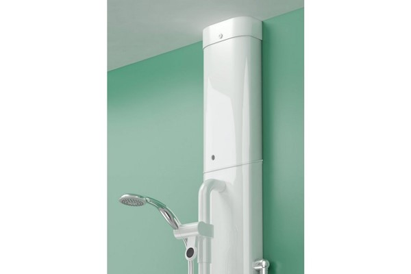 Horne shower panel with integrated ILTDU and adapted pipe cover